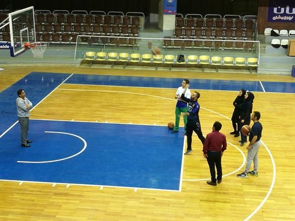مسابقه پنالتی بسکتبال کارکنان فدراسیون وزنه برداری برگزار شد