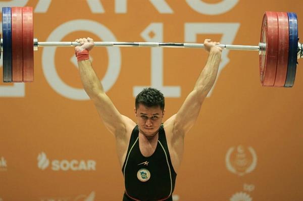 در پایان رقابت دسته 77 کیلوگرم