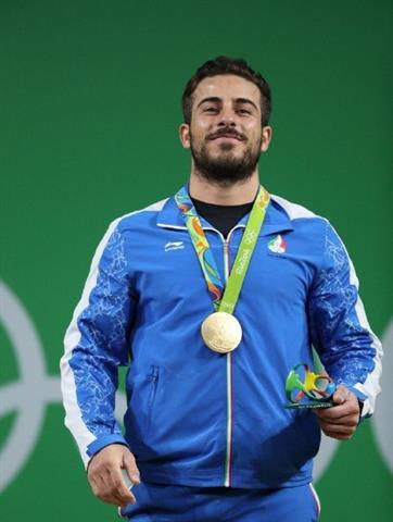 طلسم بی مدالی کاروان ایران با دستان رستم وزنه برداری شکست