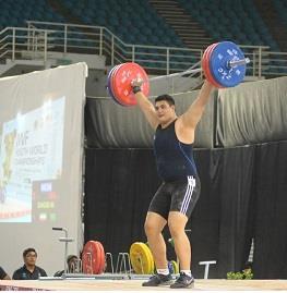 با شکستن رکورد یکضرب آسیا در رقابتهای نوجوانان جهان