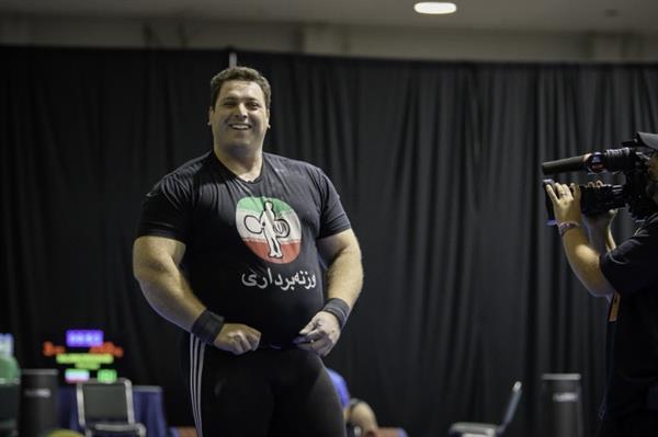 علی حسینی از دنیای قهرمانی خداحافظی کرد