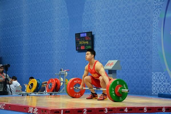 پایان رقابت 77 کیلویی ها با درخشش چینی ها خاتمه یافت