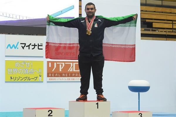بعد از کسب مدال طلای قهرمانی وزنه برداری نوجوانان آسیا