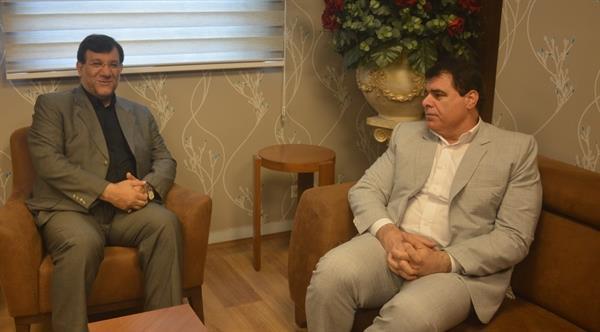 رئیس هیئت وزنه برداری استان خوزستان با ریاست فدراسیون دیدار کرد