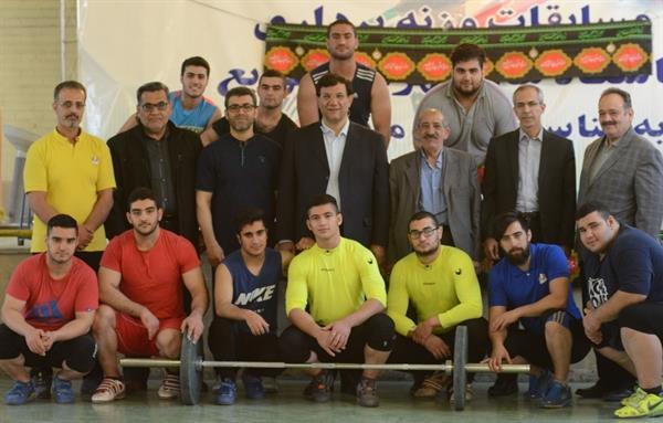 بازدید رییس فدراسیون وزنه برداری از اردوی تیم ملی نوجوانان