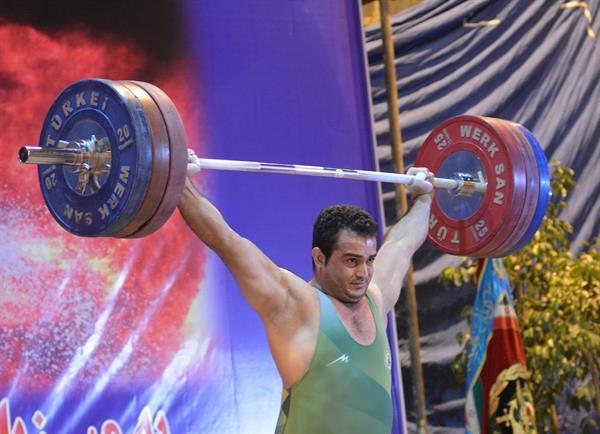 پایان رقابت دسته 105 کیلوگرم لیگ وزنه برداری